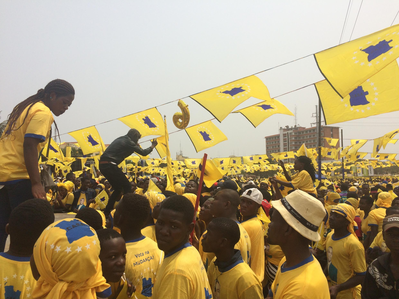 Meeting de la coalition Casa-Ce avant les élections législatives du mercredi 23 août en Angola.