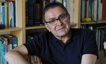 استاد  تاریخ اجتماعی خاورمیانه و آسیای مرکزی در دانشگاه لیدن هلند