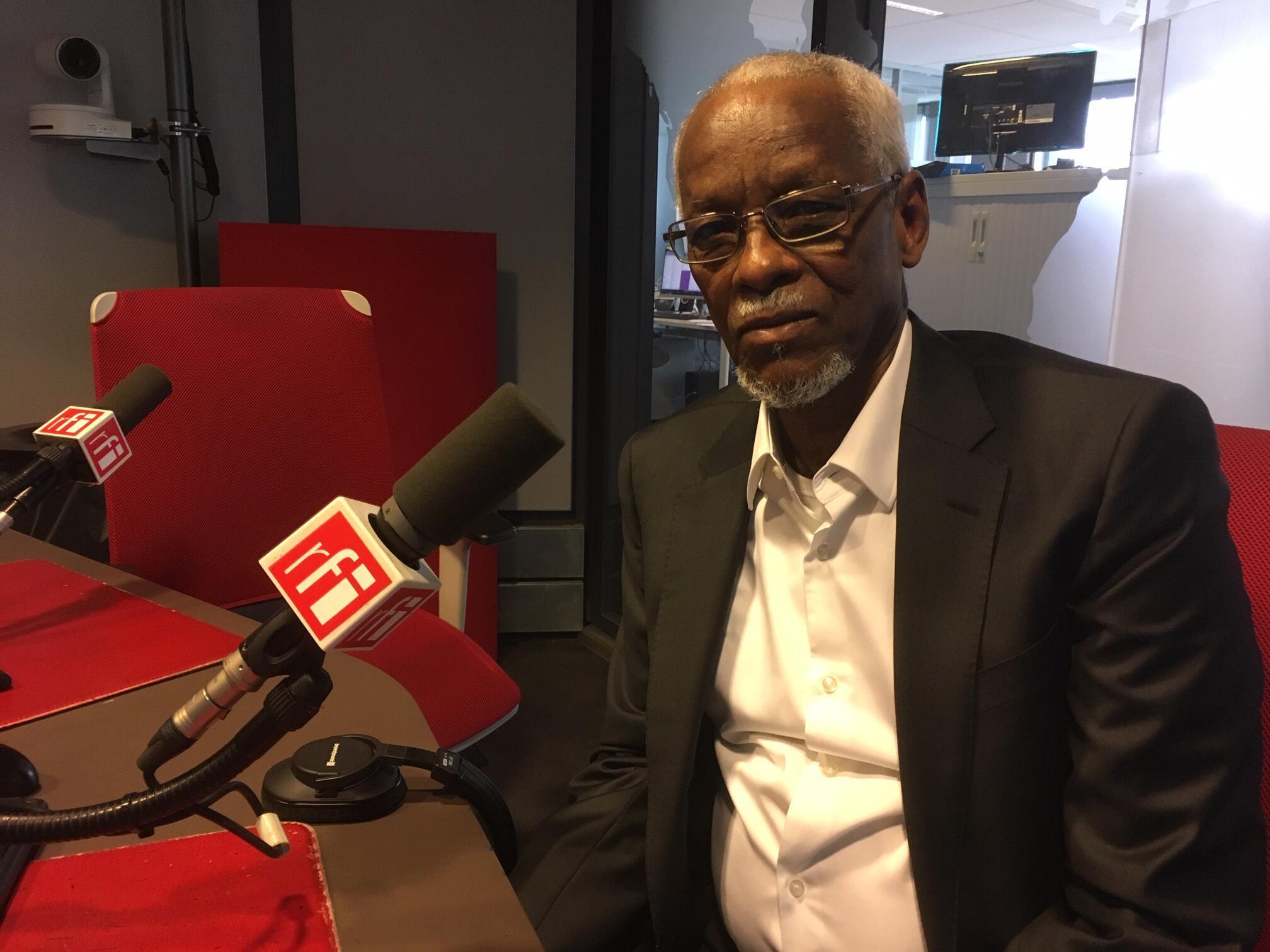 Goukouni Weddeye dans les locaux de RFI