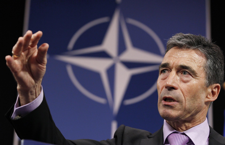 Генеральный Секретарь НАТО Андерс Фог Расмуссен выступает на совещании в Брусселе