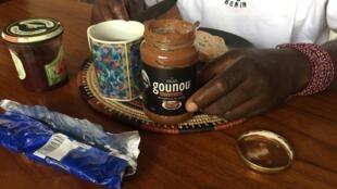 La pâte à tartiner Gounou, commercialisée depuis janvier, est à base de cajou et de cacao béninois.