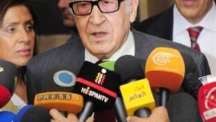 O enviado especial da ONU à Síria, Lakhdar Brahimi, durante coletiva de imprensa em Damasco nesta terça-feira, 29 de outubro de 2013.