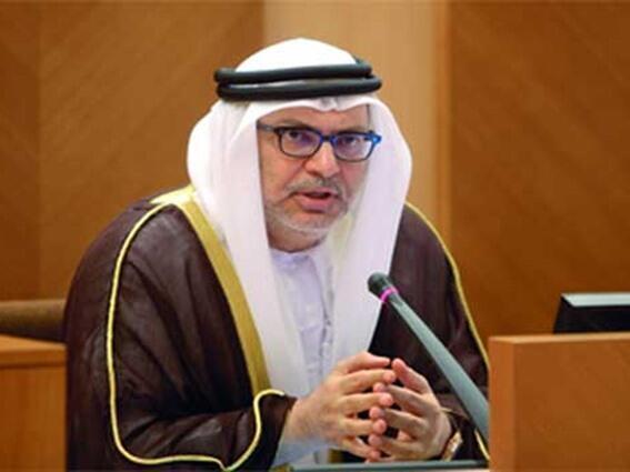 انور قرقاش وزیر خارجه امارات عرب