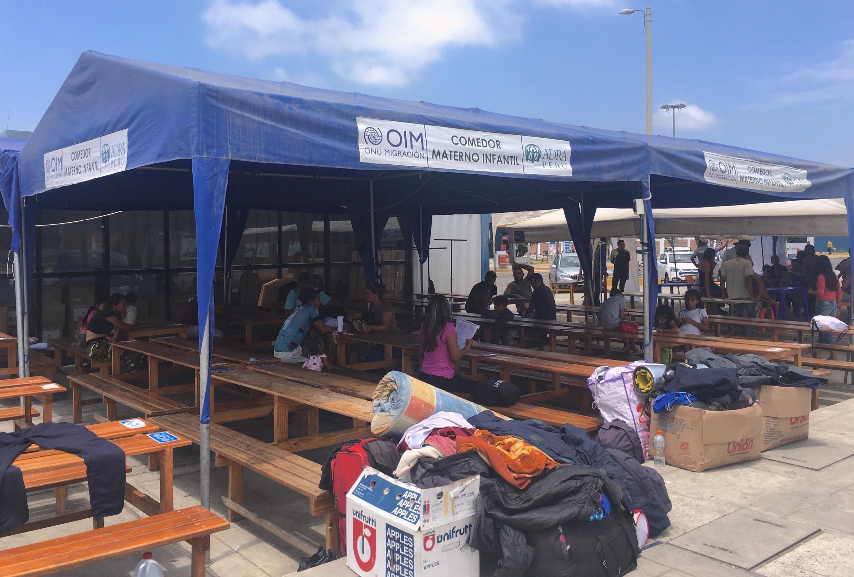 Ante la emergencia de la situación se ha instalado un comedor en el CEBAF, la prioridad es para mujeres embarazadas, niños y ancianos.