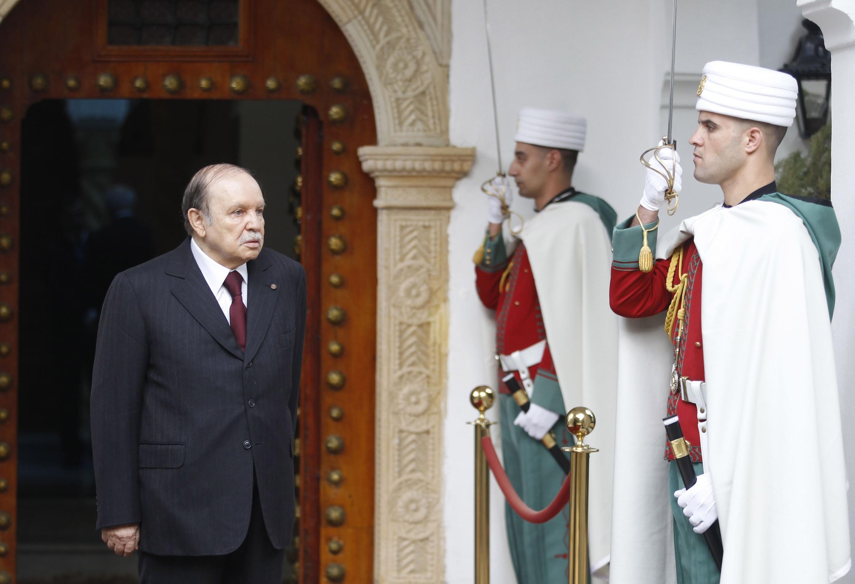 Le président Abdelaziz Bouteflika au Palais présidentiel à Alger, le 26 novembre 2012.