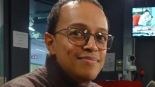 El coreógrafo Rafael Palacios en los estudios de RFI