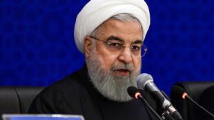 Shugaban Iran Hassan Rouhani ya yi barazanar watsi da yarjejeniyar nukiliyar kasar muddin ba ta kawo musu wani alfanu ba