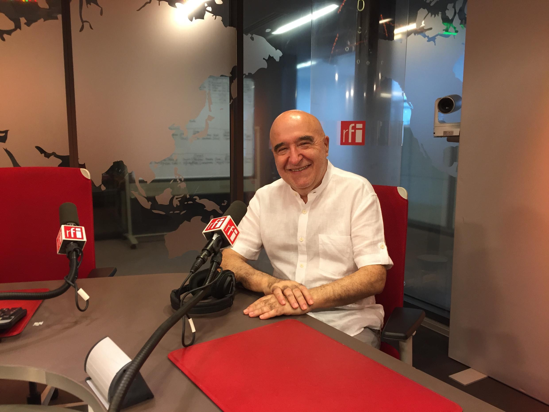 Economista José Reis nos estúdios da RFI