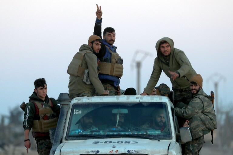 Des éléments des Forces démocratiques syriennes photographiés à Hajin, à la mi-décembre 2018.