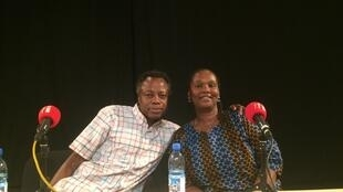 L'écrivain togolais Sami Tchak et la romancière malienne Oumou Ahmar Traoré.