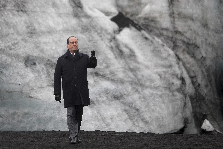 François Hollande en el glaciar islandés Solheimajökull. 16 de octubre de 2015.
