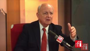 François Loncle, ex-député français, ancien président de la commission des Affaires étrangères de l'Assemblée nationale.