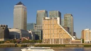 英國倫敦金絲雀碼頭豪華樓房