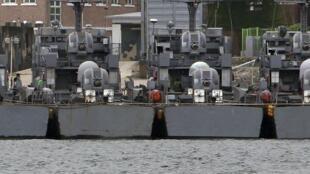 La Corée du Sud a entamé des exercices visant à prévenir les intrusions dans le pays via les voies maritimes. Ici des bateaux d'armement sont amarrés dans le port  de Daecheongdo, le 5 août 2010.