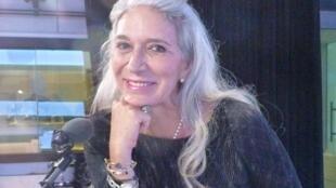 Mari Carmen Hernández en los estudios de RFI