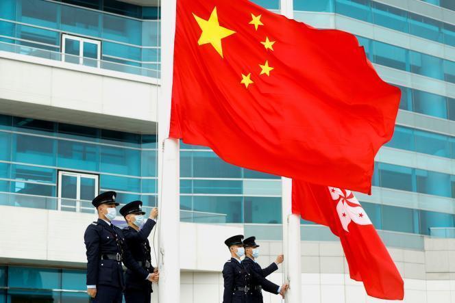 593bbf3_gggts04-china-parliament-0311-11