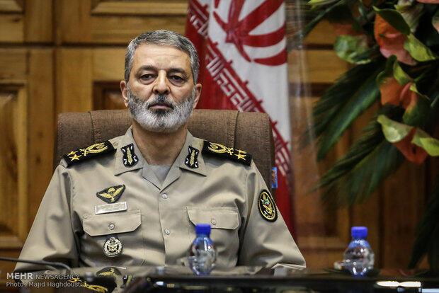 سرلشگر عبدالرحیم موسوی فرماندۀ کل ارتش جمهوری اسلامی ایران
