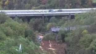 Vue aérienne du pont qui s'est effondré à Savona, le 24 novembre 2019.