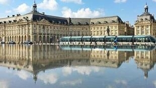 波尔多的交易广场(Place de la Bourse)