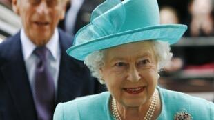 Rainha Elizabeth II comemora 85 anos nesta quinta-feira.