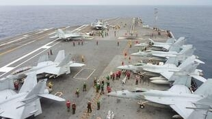 """參加年度美日軍事演習的美國航空母艦""""喬治華盛頓號"""""""