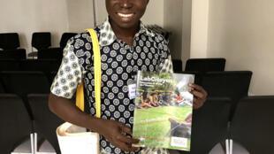 O jovem moçambicano Felisberto Manuel participa no seminário internacional LabCitoyen.
