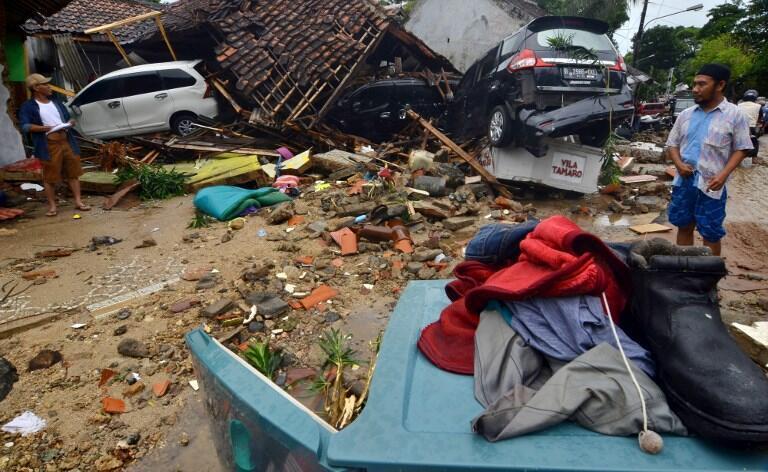 برخورد امواج سنگین به مناطق مسکونی ساحلی خسارات فراوانی به بار آورده است