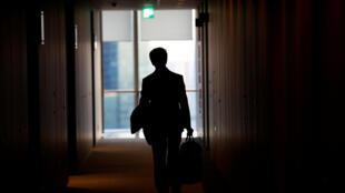 La durée légale du travail au Japon est de 40h. Mais dépasser largement ce chiffre est la norme.