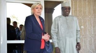 Lors de son voyage au Tchad, Marine Le Pen a notamment pu rencontrer le président Idriss Déby le 21 mars 2017.