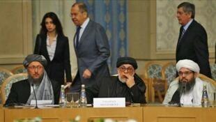 عکس آرشیو - دیدار هیأت طالبان با مقامات روسیه در نشست مسکو در مورد صلح افغانستان. جمعه ١٨ آبان-عقرب/ ٩ نوامبر ٢٠۱٨