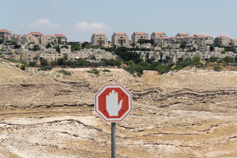 2020-06-15T115934Z_1767543832_RC2N9H999YDK_RTRMADP_3_ISRAEL-PALESTINIANS-ROAD