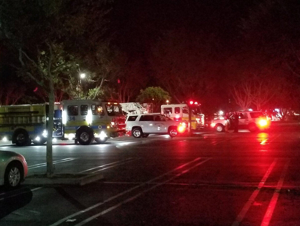 O ataque decorreu em Thousand Oaks nos arredores de Los Angeles.
