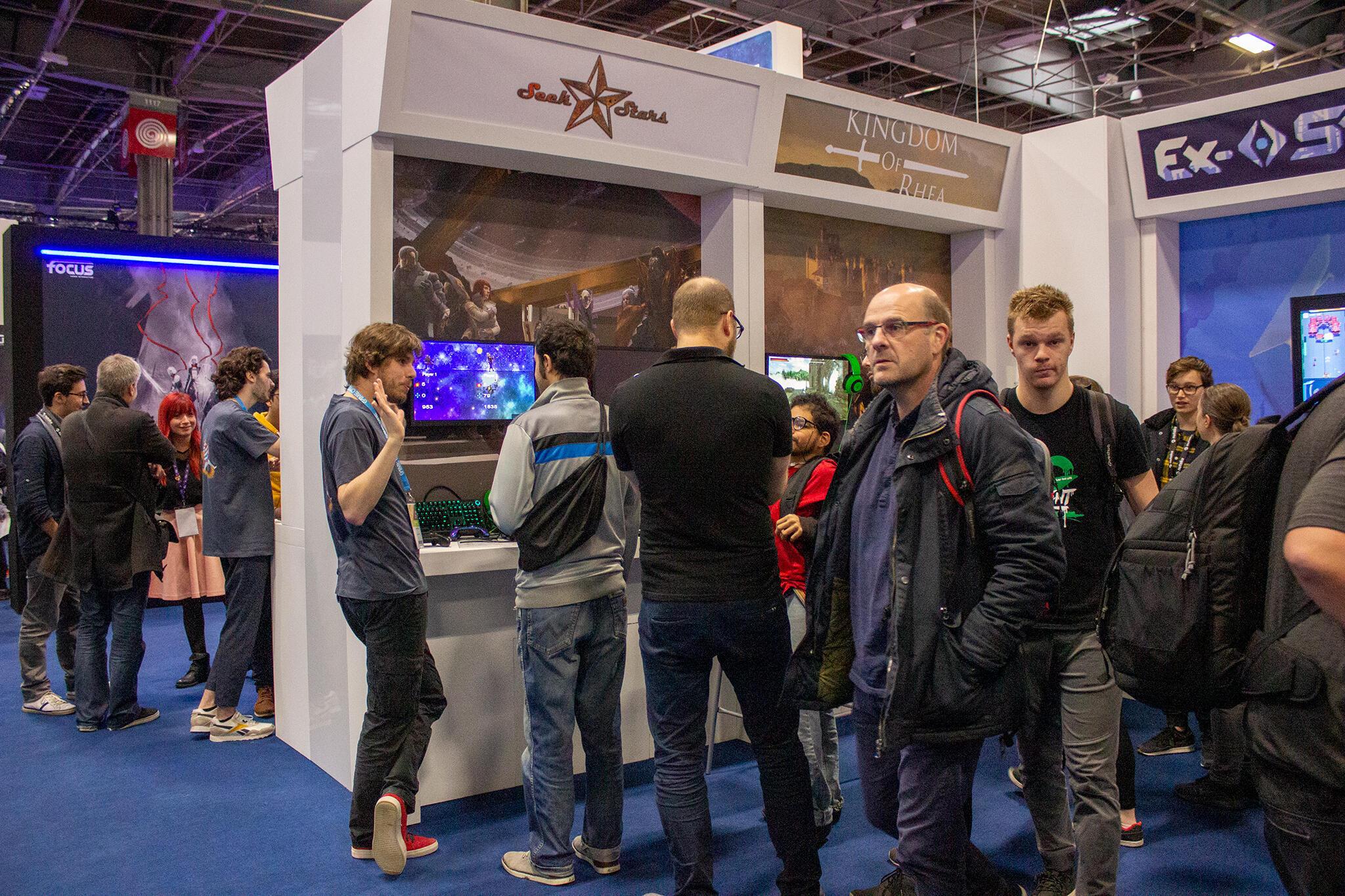 Le studio indépendant français Armogaste présente son jeu «Seek Stars» à la Paris Games Week.
