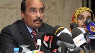 Le président mauritanien, Mohamed Ould Abdel Aziz, serait hors de danger et conscient.