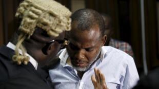 Le leader indépendantiste biafrais Nnamdi Kanu devant la Haute Cour d'Abuja, le 20 janvier 2016.