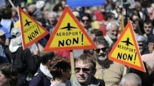 Manifestación contra el aeropuerto de Notre-Dame-des-Landes, en mayo de 2012 en Nantes.