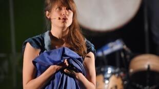 La cantante Camille en la 41e edicion del festival Printemps de Bourges.