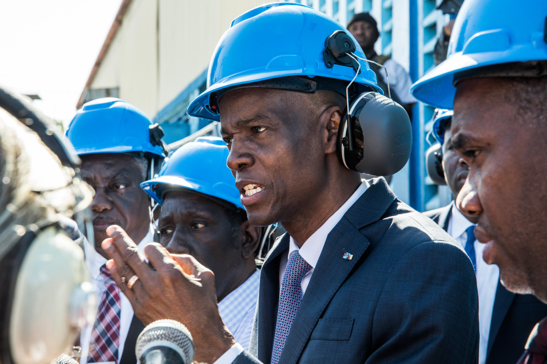 Le président haïtien Jovenel Moïse visite les centrales de Varreux (Cité Soleil) le 16 décembre 2019 à Port-au-Prince, Haïti.