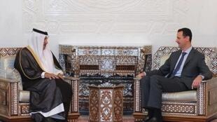 Shugaban kasar Syria Bashar Al Assad tare da Jassim Bin Jabr Al Sani