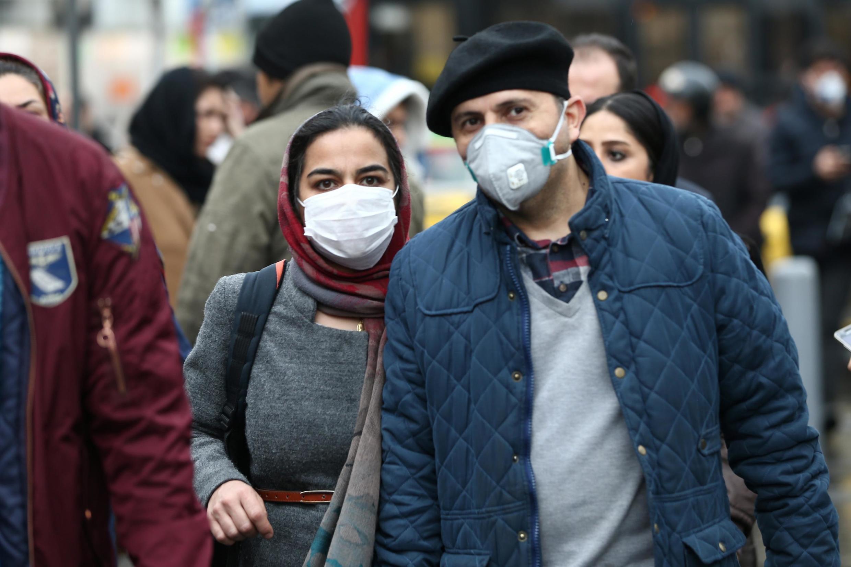 伊朗民眾戴口罩小心預防新冠肺炎2020年2月20日