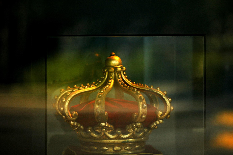 Une réplique de la couronne d'Espagne.
