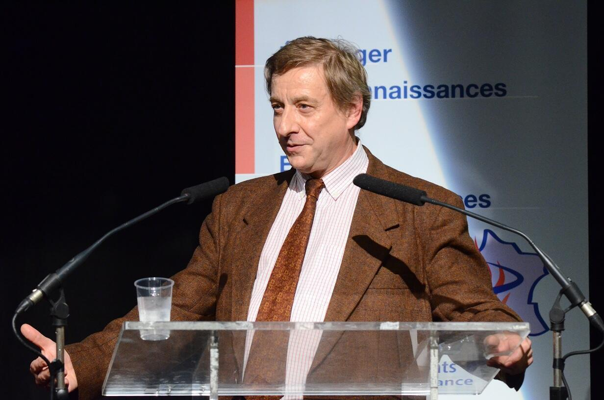 "Автор книги ""La table et le droit"" (""Стол закона"") Жан-Поль Бранлар."