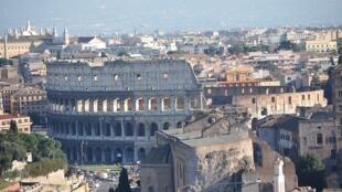 Capital italiana tem feito pouco para combater poluição atmosférica, afirma ONG.