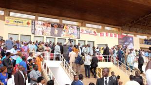 Le président burkinabè Roch Marc Christian Kaboré sur la tribune d'honneur lors de l'ouverture de la 25e édition du Fespaco au stade municipal d'Ouagadougou.