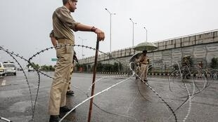 印度安防人員在查謨