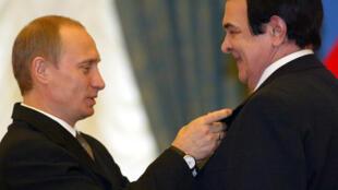 Russie chanson Vladimir Poutine chanteur Mouslim Magomaev star soviétique