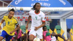 Bakary Kone, ici avec le Burkina Faso à la CAN 2017, jouera à Strasbourg cette saison