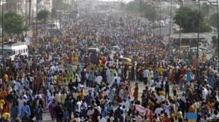 O continente Africano contabiliza por si só mais de Mil milhões de habitantes