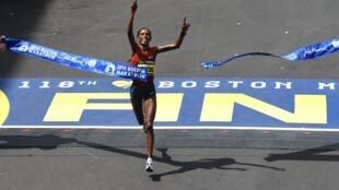 raia wa Kenya katika mbio za Boston marathon, Aprili 21 mwaka 2014.