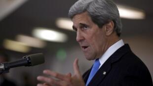 کنفرانس مطبوعاتی John Kerry  وزیر امور خارجۀ آمریکا، در تلاویو. ٣ خرداد/ ٢٤ می ٢٠١٣